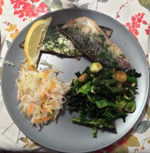 Fried mackerel with dill, veggie stirfry, daikon radish salad